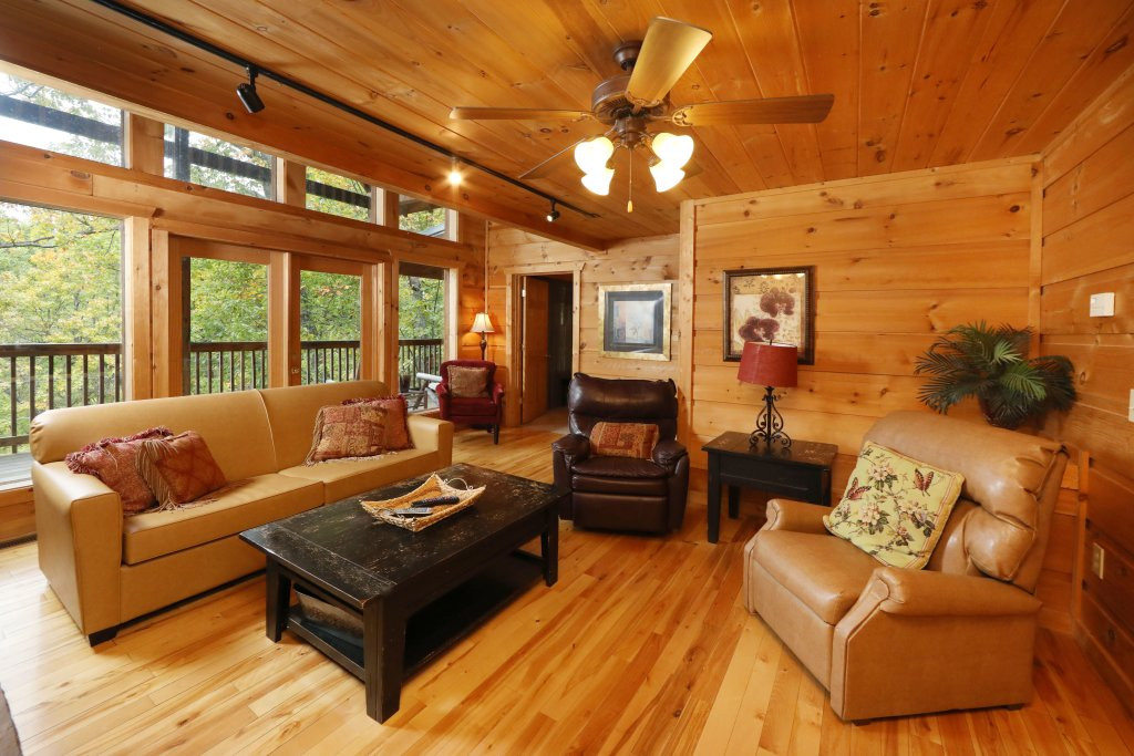 Photo of a Gatlinburg Cabin named A Wonderful Way #1346 - This is the fifth photo in the set.
