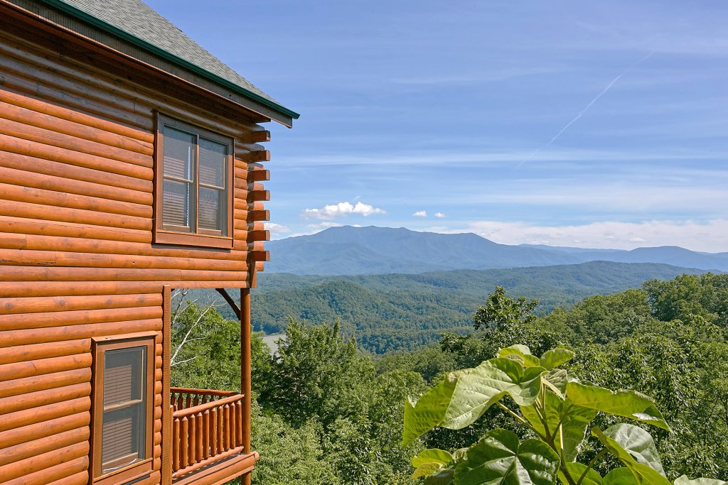 Photo of a Pigeon Forge Cabin named Incredible Views - This is the third photo in the set.