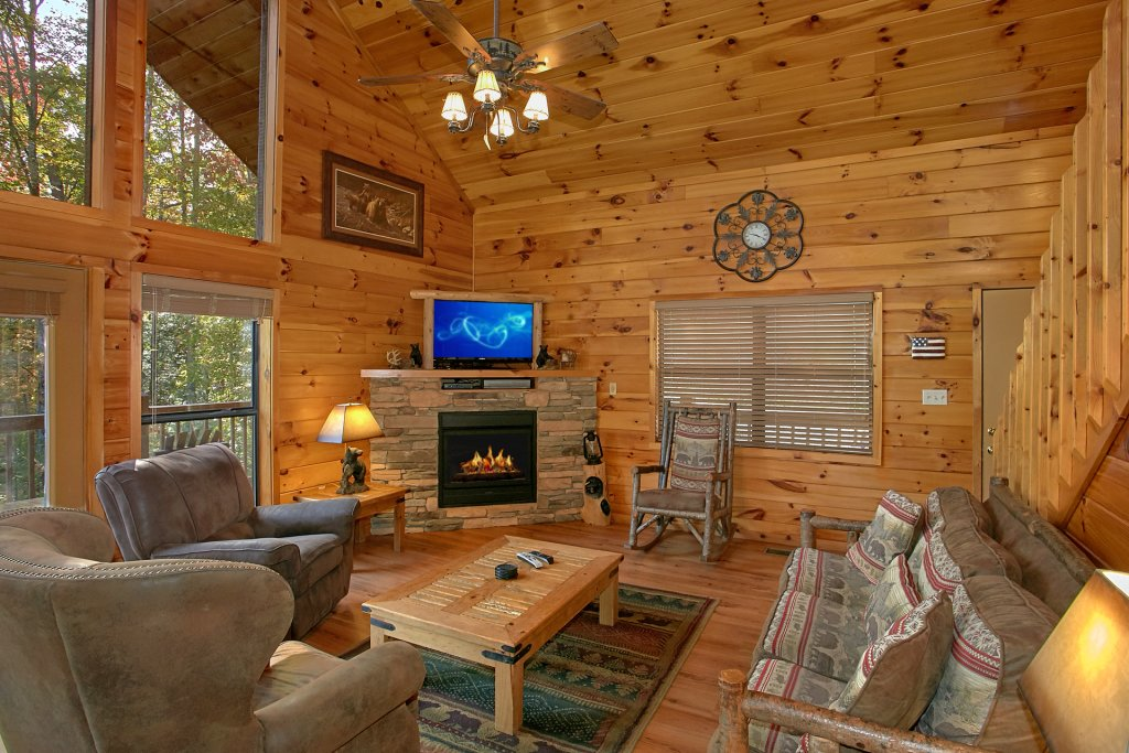 Photo of a Gatlinburg Cabin named Bear Splash #409 - This is the fifteenth photo in the set.