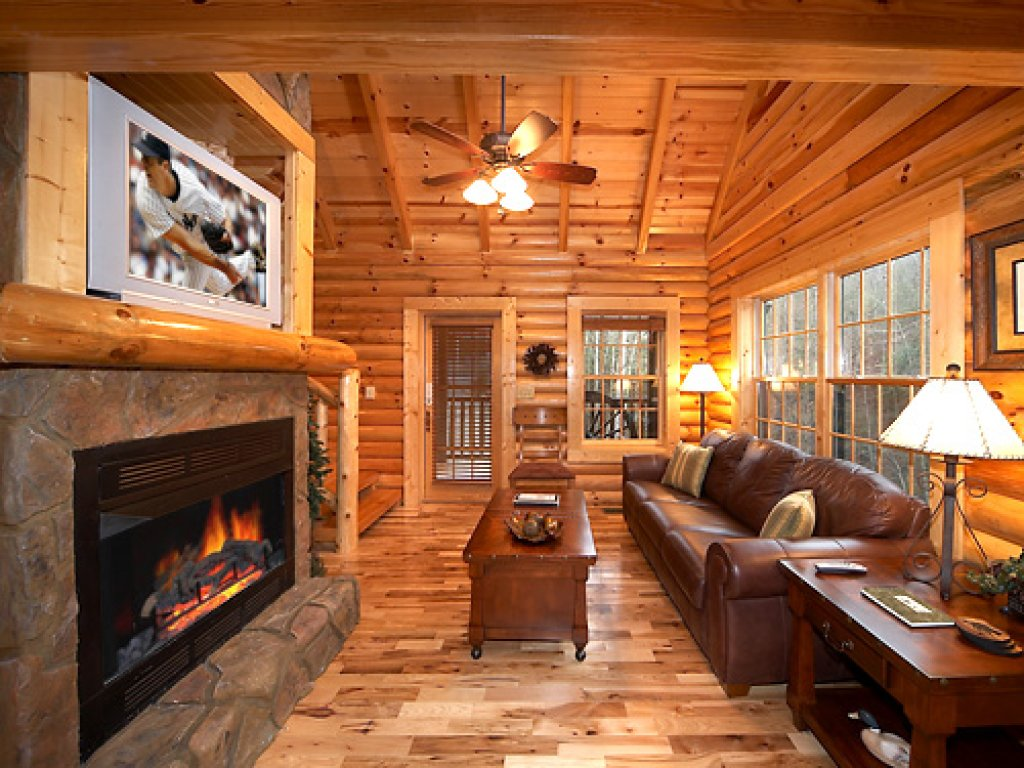 Photo of a Gatlinburg Cabin named Fontana - This is the third photo in the set.
