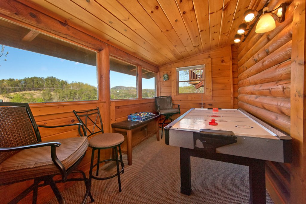 Photo of a Pigeon Forge Cabin named Golfers Getaway #290 - This is the seventh photo in the set.