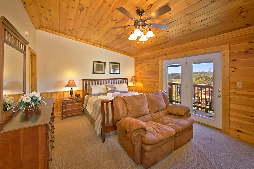 Photo of a Pigeon Forge Cabin named Golfers Getaway #290 - This is the twenty-first photo in the set.
