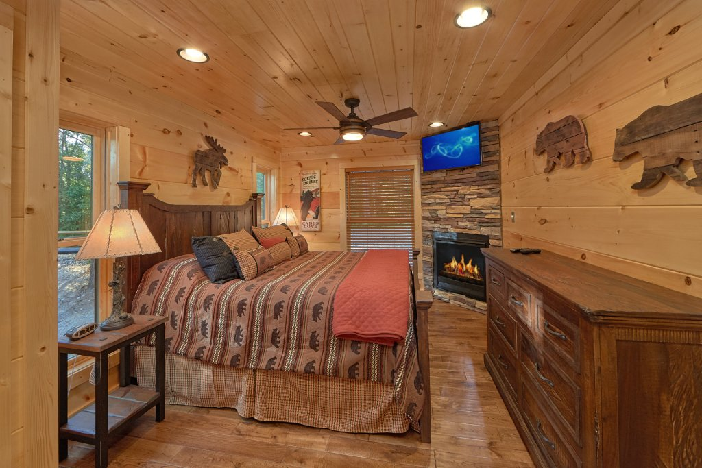 Photo of a Gatlinburg Cabin named Big Sky Lodge - This is the twenty-ninth photo in the set.