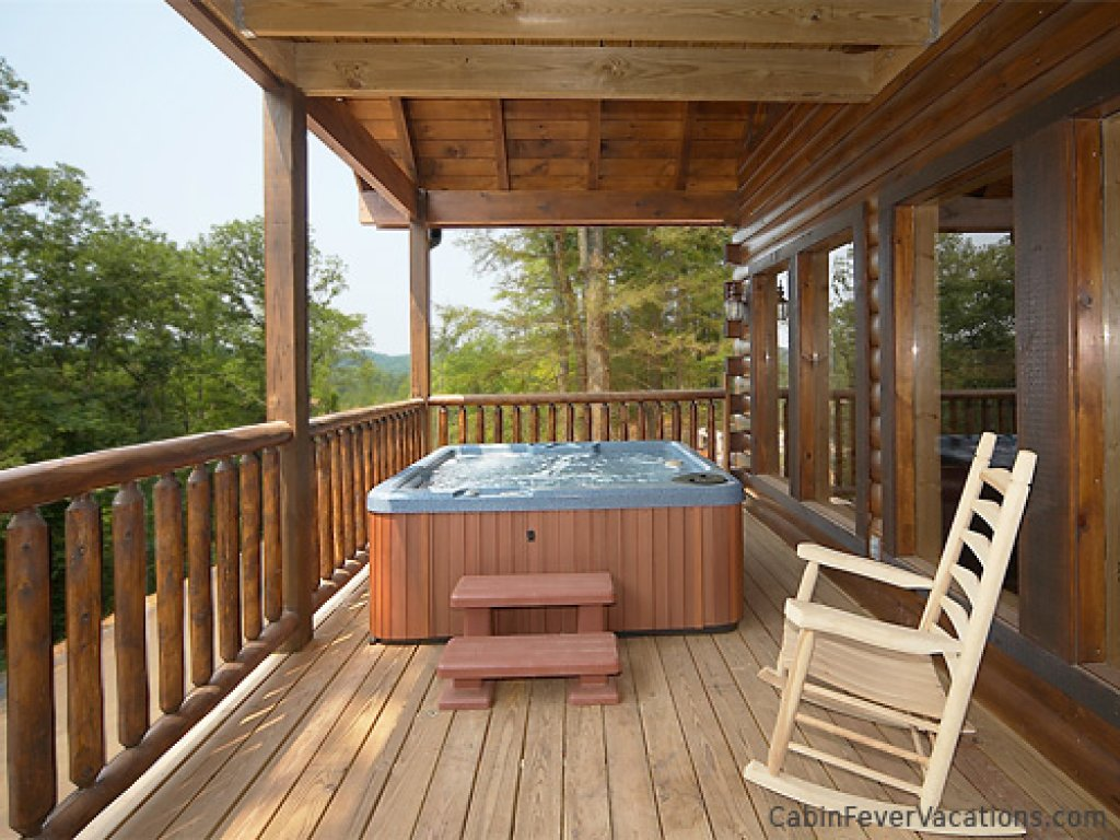 Photo of a Gatlinburg Cabin named Buckwild - This is the third photo in the set.