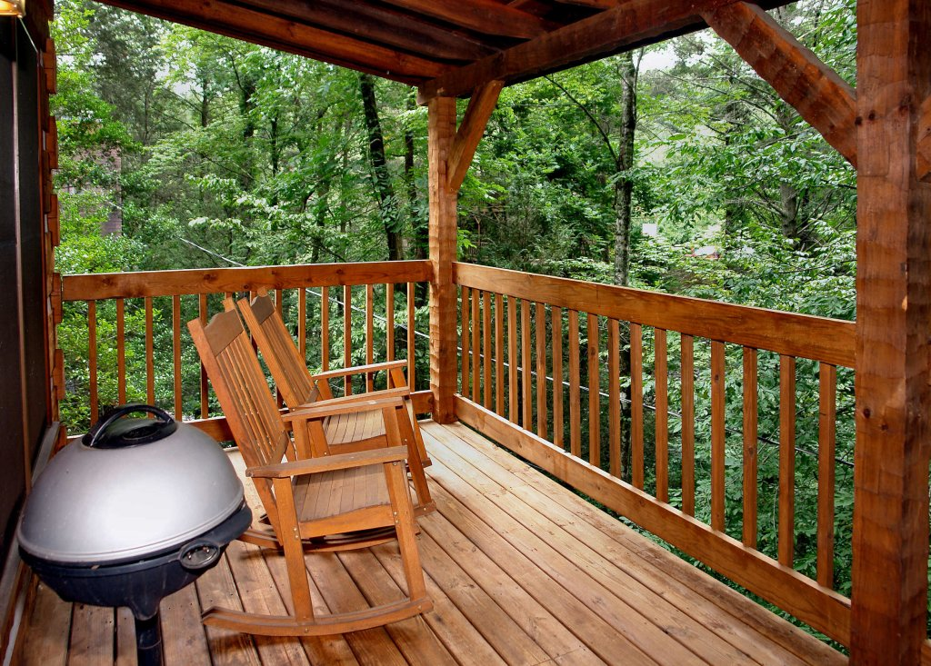 Photo of a Gatlinburg Cabin named Linger Longer #1607 - This is the sixth photo in the set.