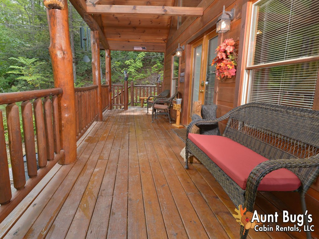 Photo of a Gatlinburg Cabin named A Secluded Bearadise #247 - This is the forty-second photo in the set.