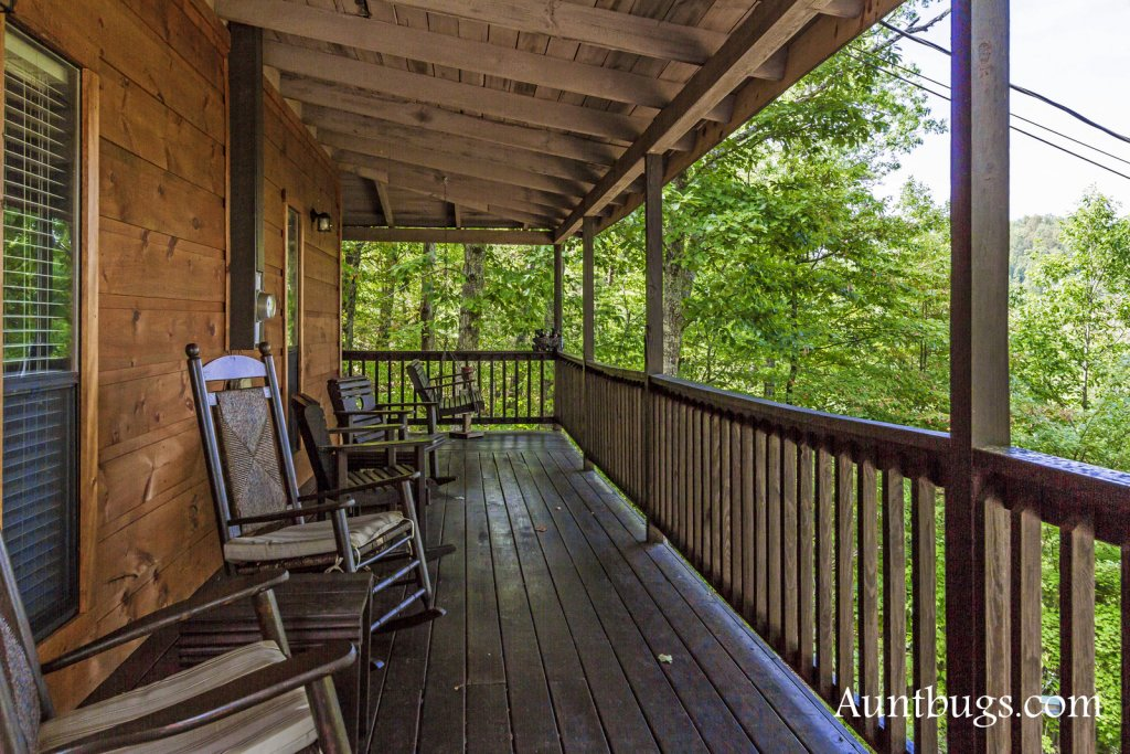 Photo of a Pigeon Forge Cabin named Kickback Shack #298 - This is the sixth photo in the set.