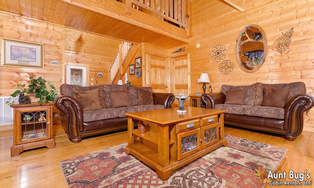 Photo of a Pigeon Forge Cabin named Papa Bear Lodge #565 - This is the twenty-first photo in the set.