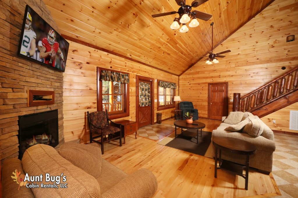 Photo of a Gatlinburg Cabin named Splash N' Play #524 - This is the fifth photo in the set.