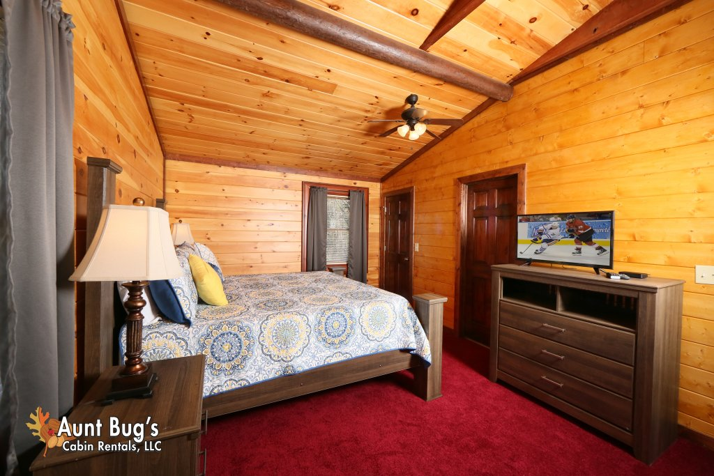 Photo of a Gatlinburg Cabin named Splash N' Play #524 - This is the fifteenth photo in the set.