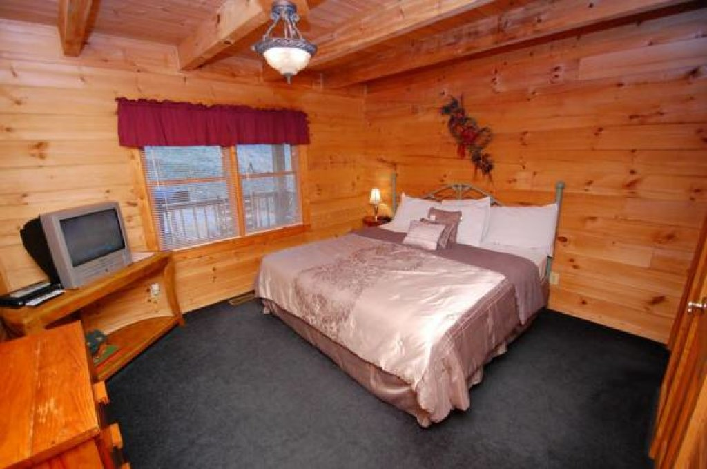 Photo of a Gatlinburg Cabin named Beary Blessed #292 - This is the thirteenth photo in the set.