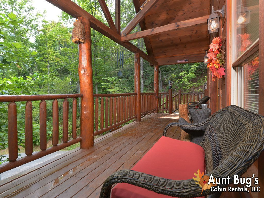 Photo of a Gatlinburg Cabin named A Secluded Bearadise #247 - This is the forty-seventh photo in the set.