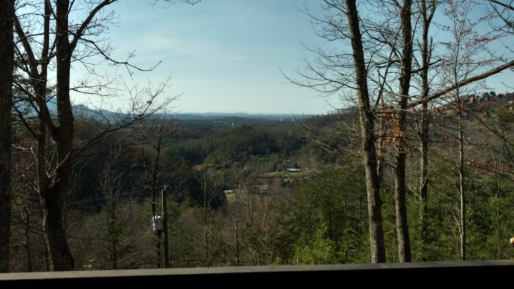Photo of a Pigeon Forge Cabin named Kickback Shack #298 - This is the third photo in the set.