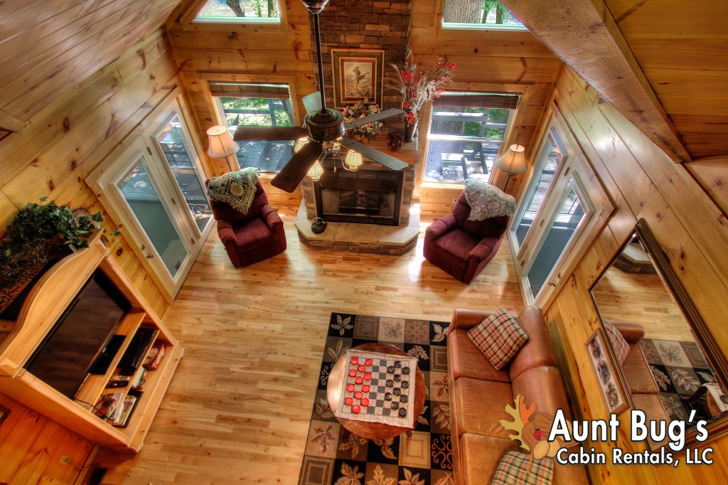 Photo of a Gatlinburg Cabin named Living Waters #376 - This is the fourteenth photo in the set.