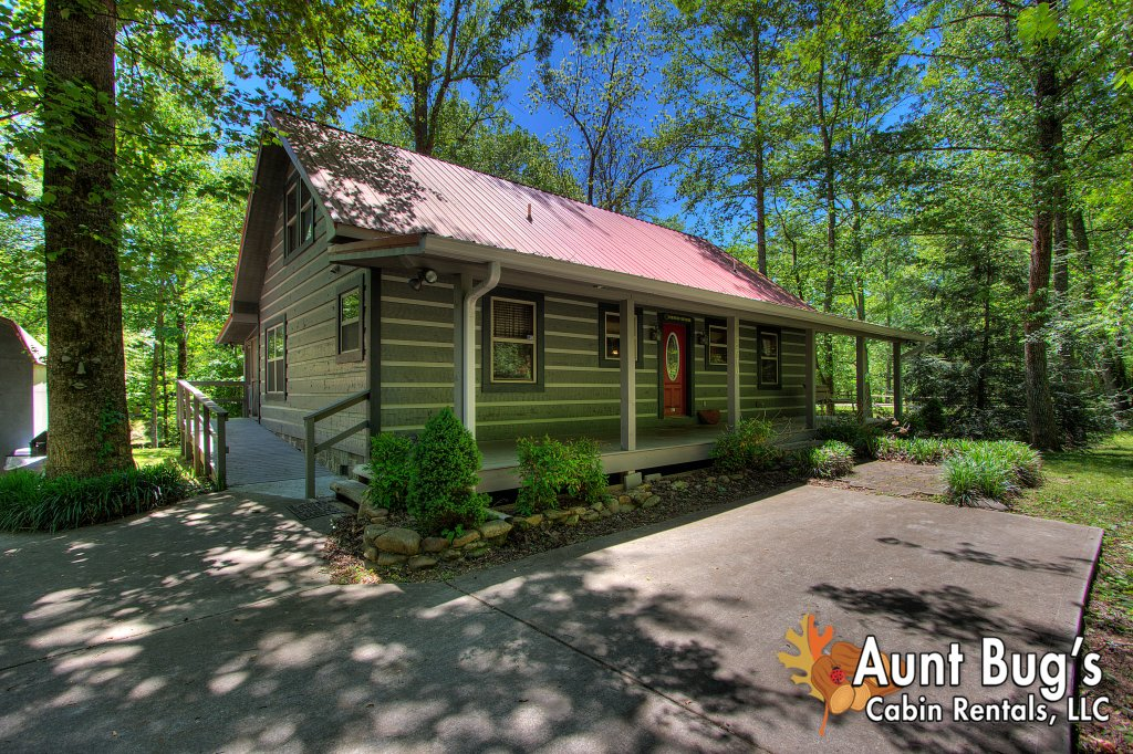 ... Photo Of A Gatlinburg Cabin Named Living Waters #376   This Is The  Eleventh Photo ...