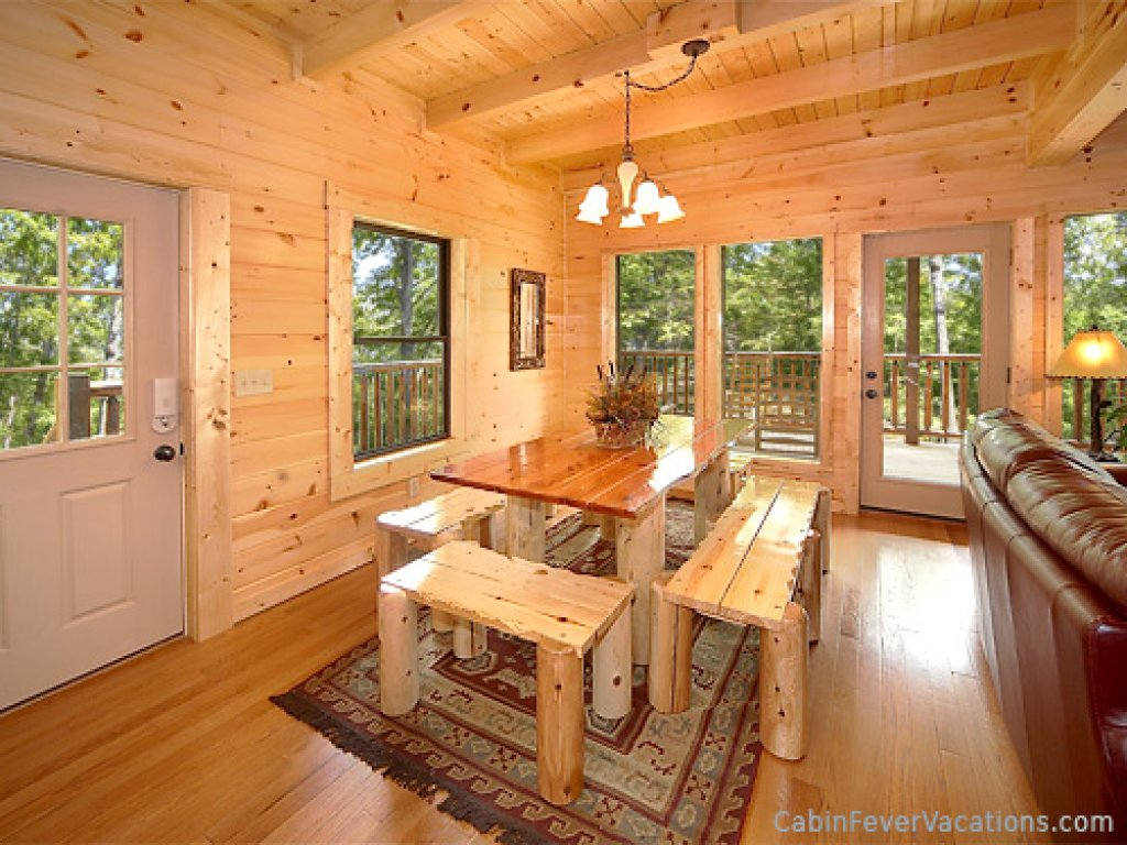 Photo of a Gatlinburg Cabin named Buckwild - This is the tenth photo in the set.