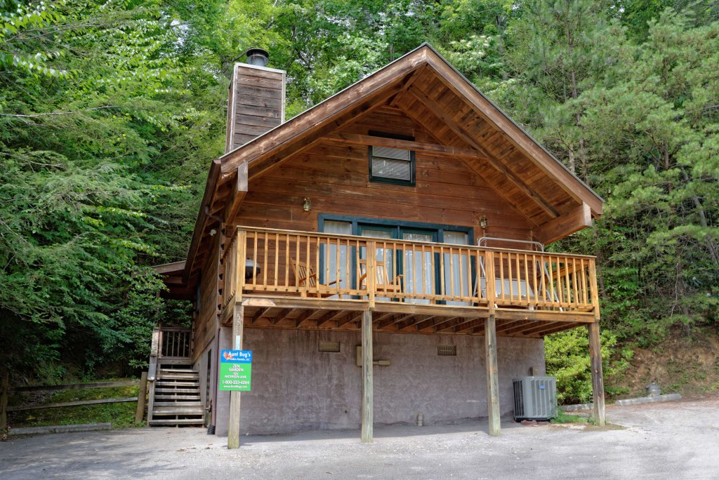 Photo of a Gatlinburg Cabin named Zen Garden #1523 - This is the twelfth photo in the set.