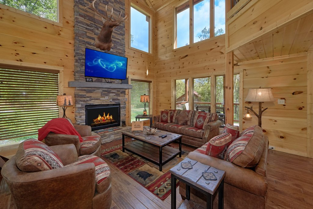 Photo of a Gatlinburg Cabin named Big Sky Lodge - This is the seventeenth photo in the set.