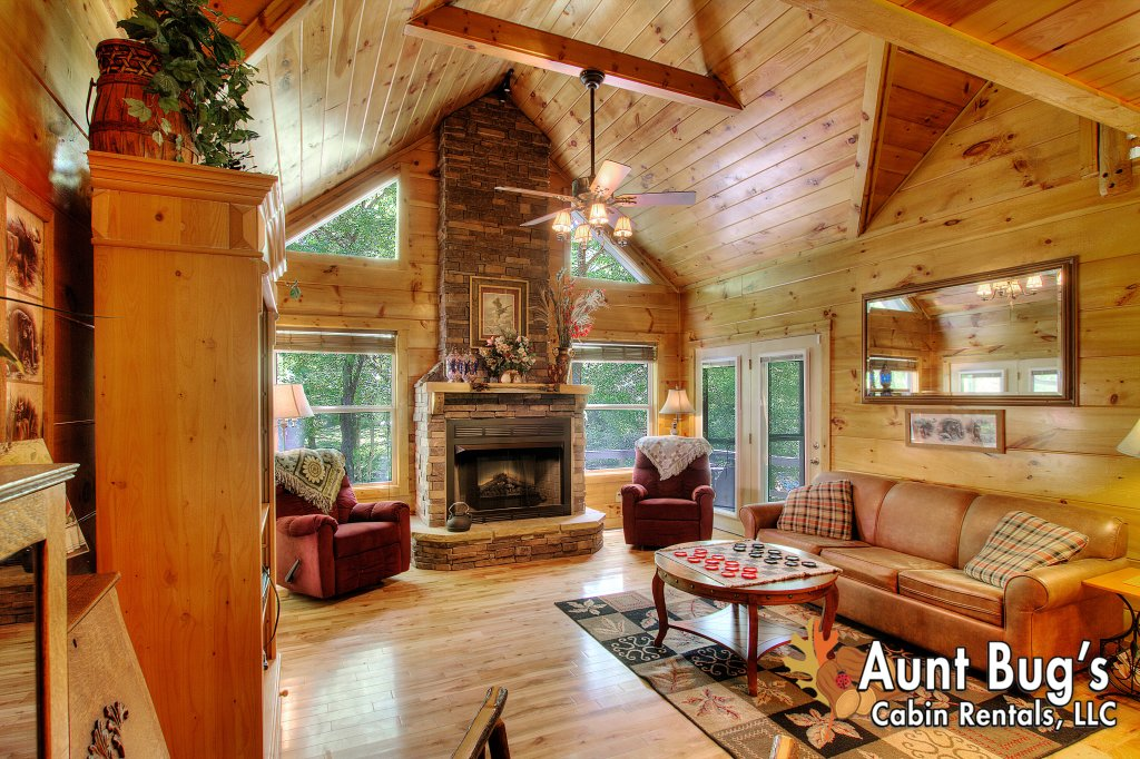 Photo of a Gatlinburg Cabin named Living Waters #376 - This is the seventy-third photo in the set.