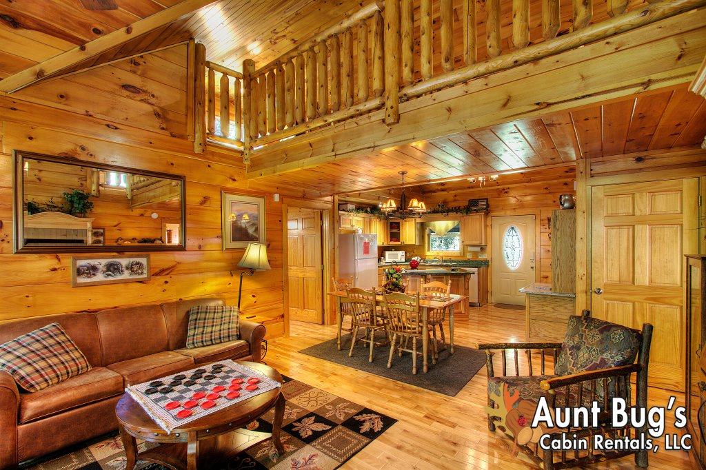 Photo of a Gatlinburg Cabin named Living Waters #376 - This is the sixty-second photo in the set.