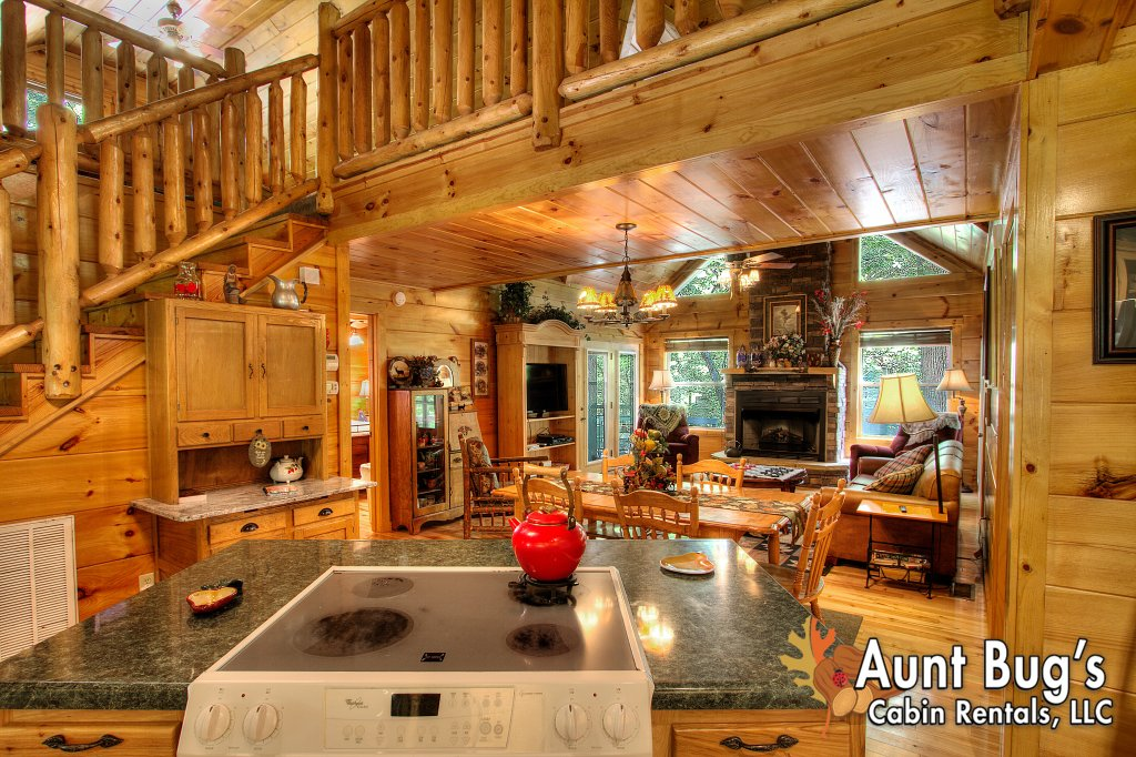 Photo of a Gatlinburg Cabin named Living Waters #376 - This is the fifty-first photo in the set.