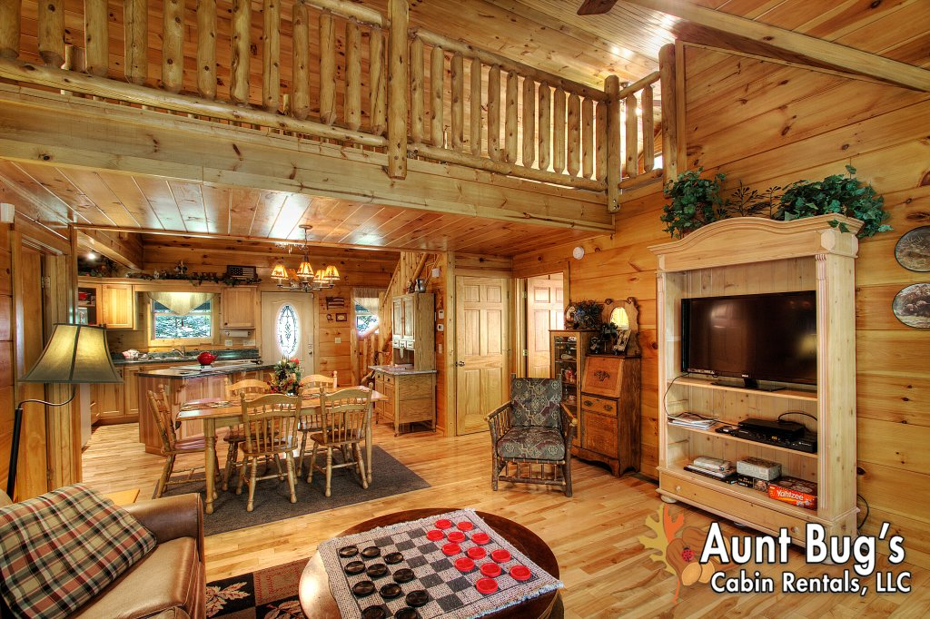 Photo of a Gatlinburg Cabin named Living Waters #376 - This is the sixty-seventh photo in the set.