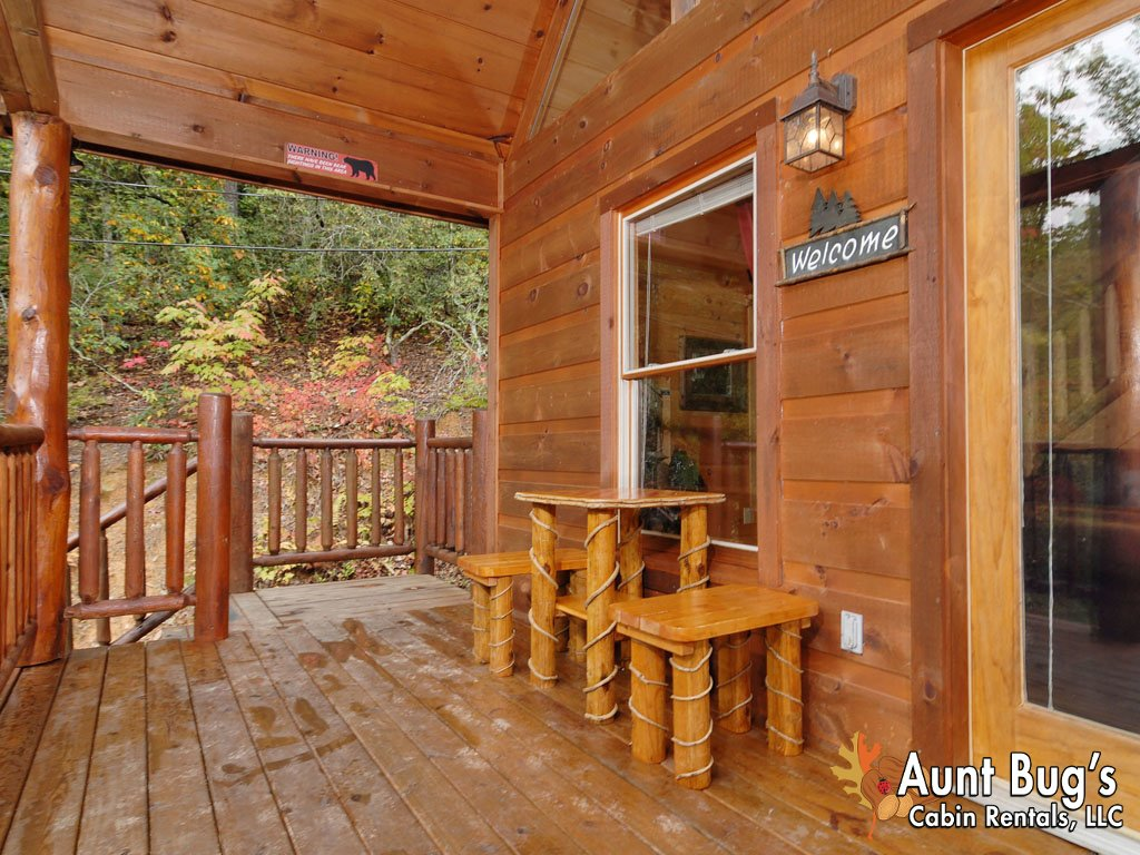 Photo of a Gatlinburg Cabin named A Secluded Bearadise #247 - This is the ninth photo in the set.