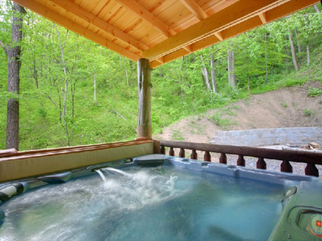 Photo of a Gatlinburg Cabin named Mystical Creek Pool Lodge #600 - This is the third photo in the set.