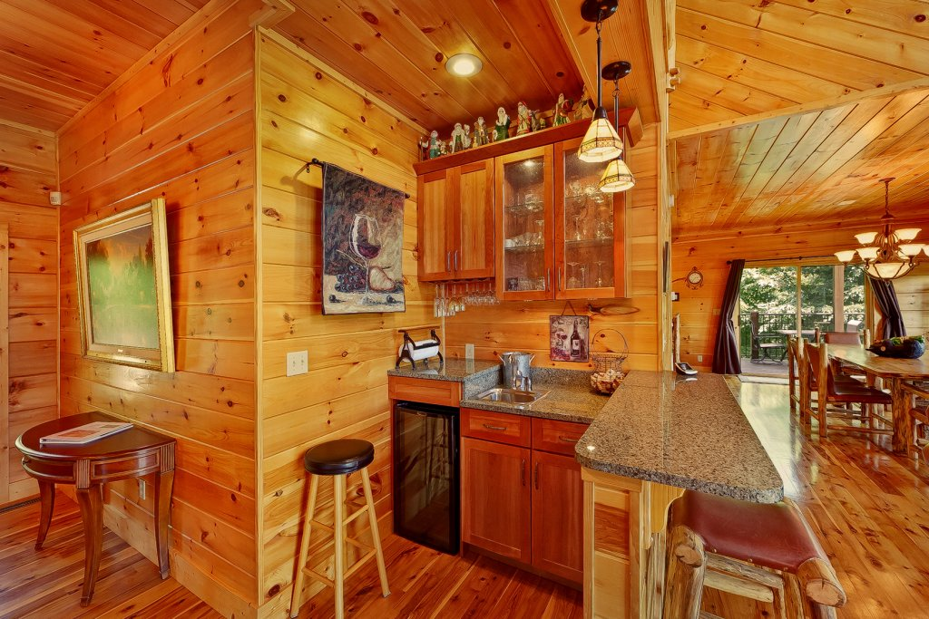 Photo of a Gatlinburg Cabin named Wine Down - This is the eighteenth photo in the set.