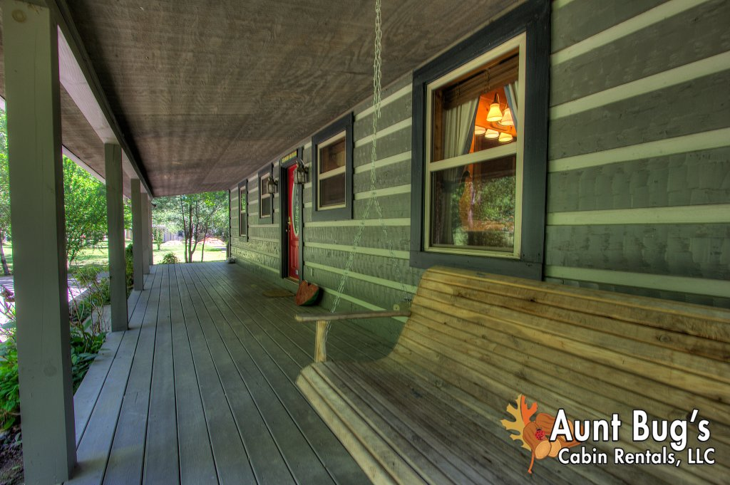 Photo of a Gatlinburg Cabin named Living Waters #376 - This is the sixth photo in the set.