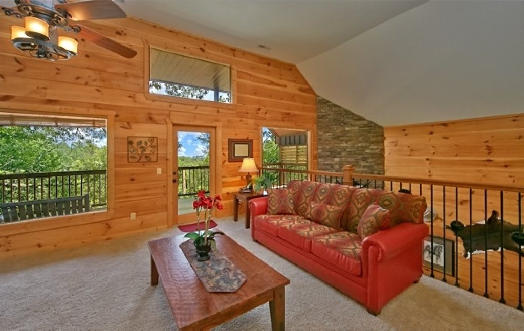 Photo of a Pigeon Forge Cabin named Majestic Forest - This is the twentieth photo in the set.
