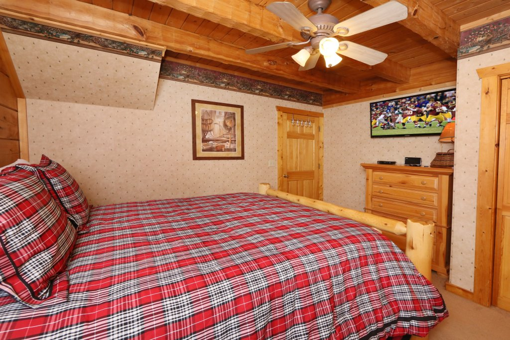 Photo of a Pigeon Forge Cabin named Tennessee Overlook - This is the twelfth photo in the set.