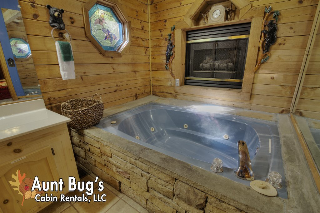 Photo of a Sevierville Cabin named Pure Pleasure Too #202 - This is the tenth photo in the set.