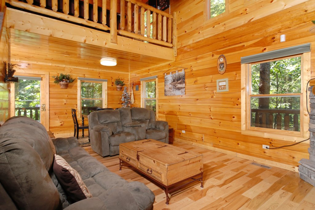 Photo of a Gatlinburg Cabin named Pine Cove Hideaway #1816 - This is the seventh photo in the set.