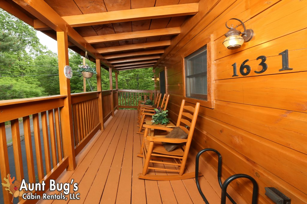 Photo of a Gatlinburg Cabin named A Mountain Lair #1631 - This is the twenty-third photo in the set.