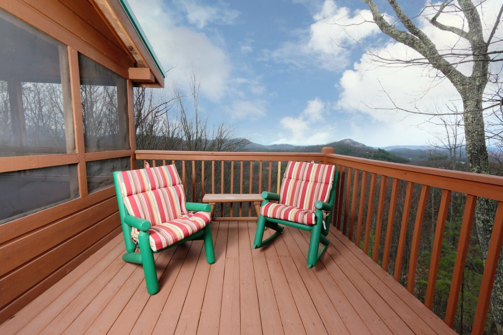 Photo of a Pigeon Forge Cabin named Tennessee Overlook - This is the eighth photo in the set.