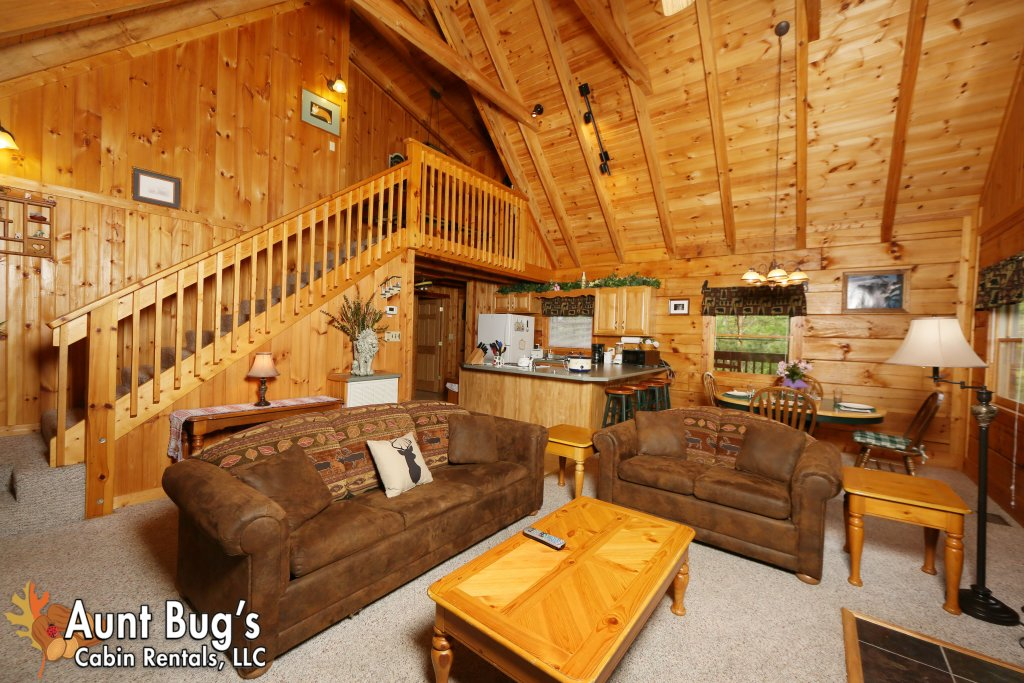 Photo of a Gatlinburg Cabin named A Mountain Lair #1631 - This is the thirty-fourth photo in the set.