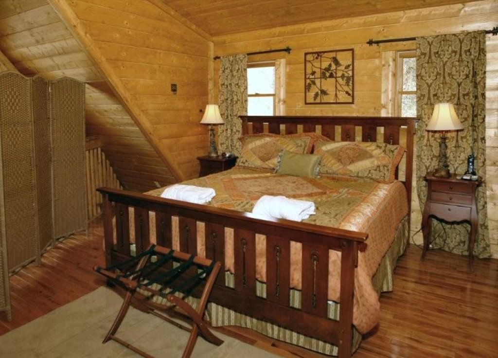 Photo of a Pigeon Forge Cabin named Hidden Romance #1404 - This is the sixth photo in the set.
