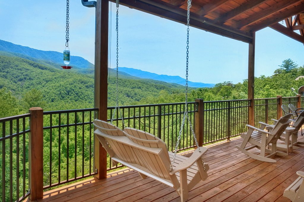 Photo of a Gatlinburg Cabin named Wine Down - This is the eighth photo in the set.