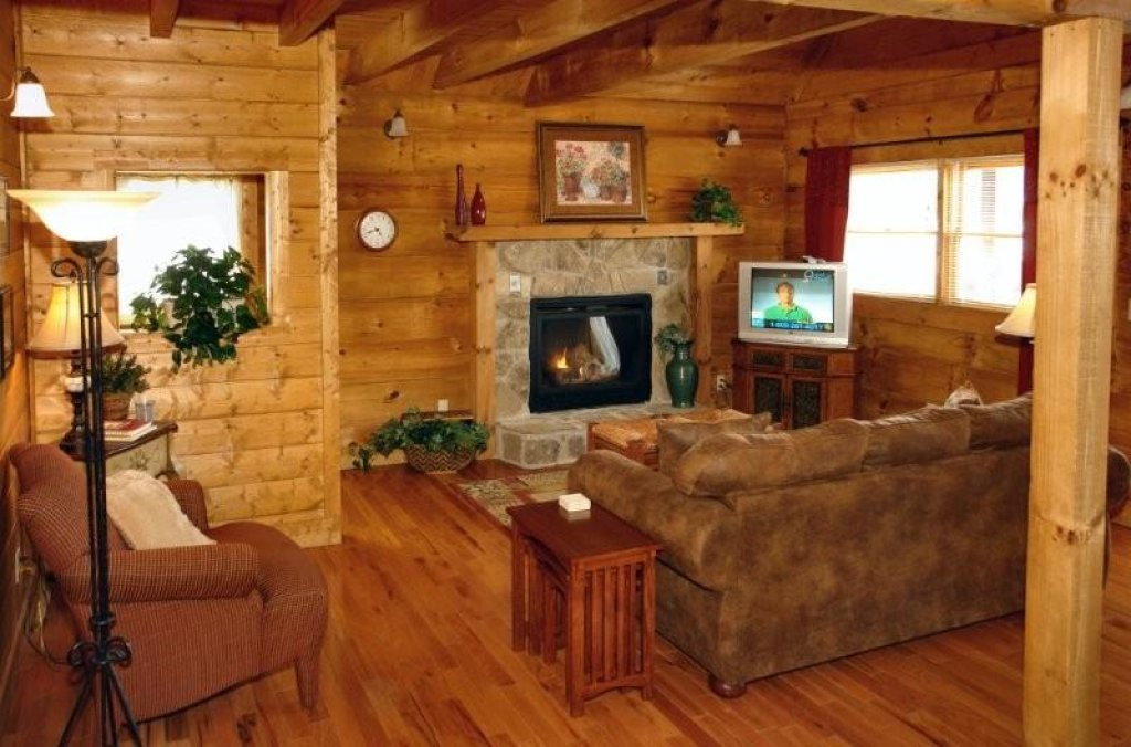 Photo of a Pigeon Forge Cabin named Hidden Romance #1404 - This is the ninth photo in the set.
