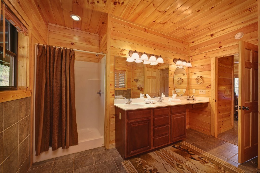 Photo of a Gatlinburg Cabin named Knotty & Nice - This is the nineteenth photo in the set.