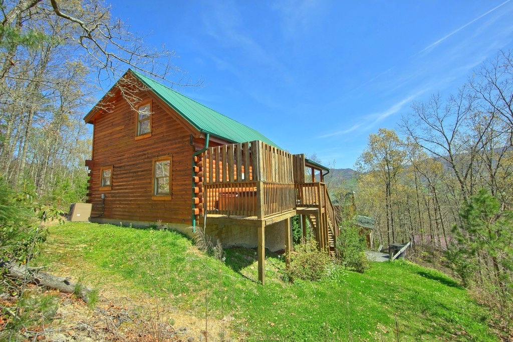 Photo of a Pigeon Forge Cabin named Heavenly Hideaway #256 - This is the twenty-first photo in the set.
