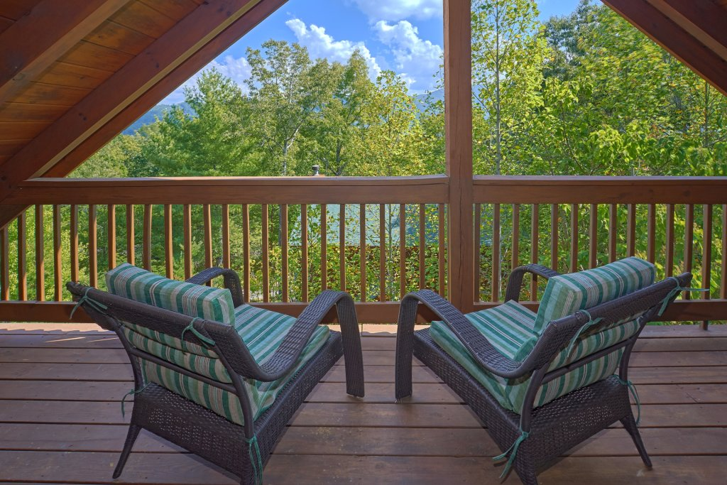 Photo of a Pigeon Forge Cabin named Heavenly Hideaway #256 - This is the twenty-ninth photo in the set.