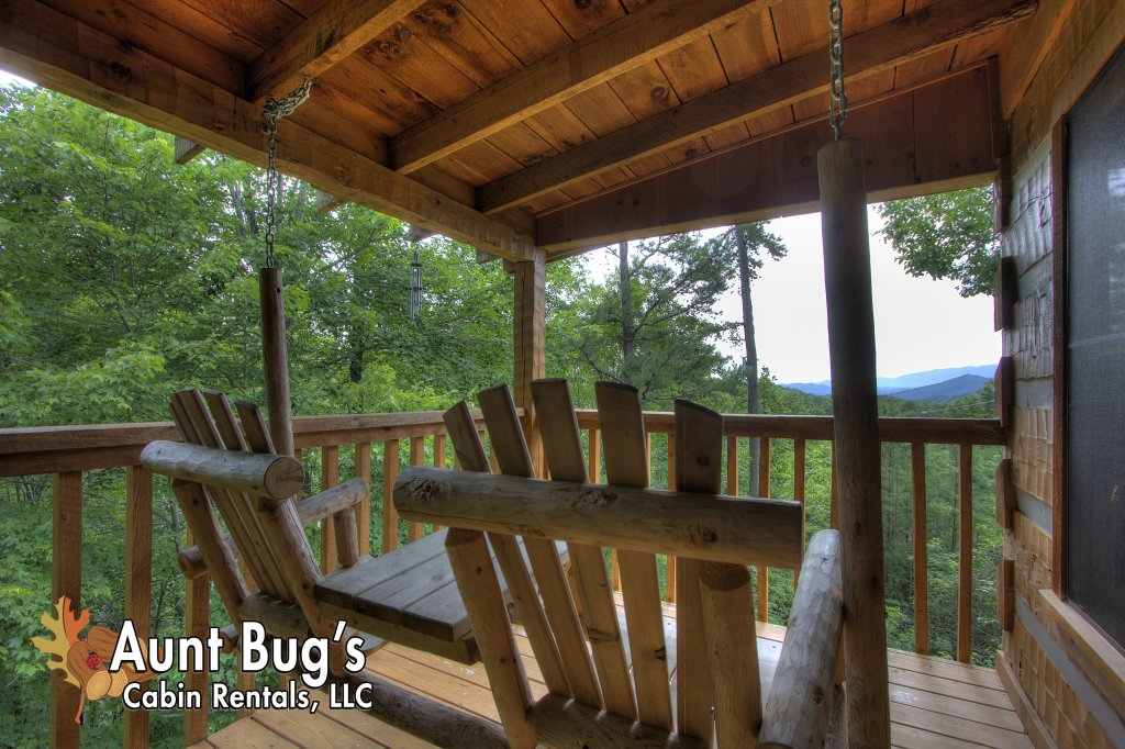 Photo of a Pigeon Forge Cabin named Apple Bear View #116 - This is the thirteenth photo in the set.