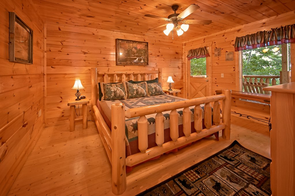 Photo of a Pigeon Forge Cabin named Breathtaking Views - This is the thirty-second photo in the set.