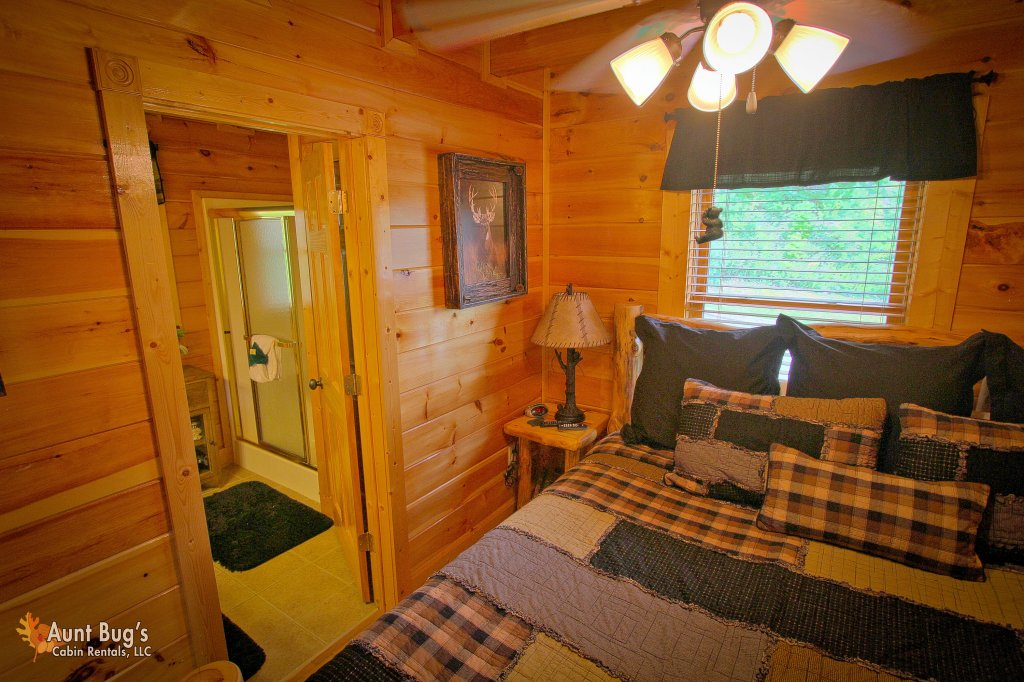 Photo of a Pigeon Forge Cabin named Starry Nights #222 - This is the twentieth photo in the set.