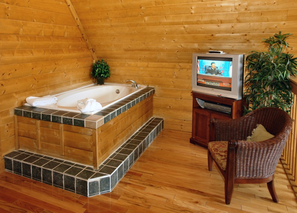 Photo of a Pigeon Forge Cabin named Hidden Romance #1404 - This is the fourth photo in the set.