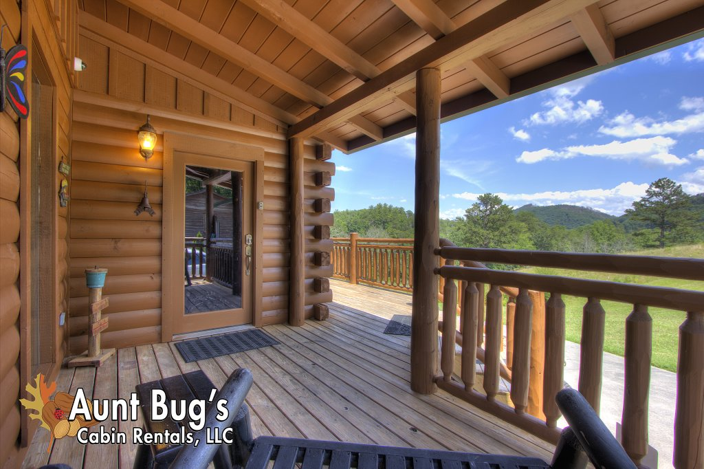 Photo of a Pigeon Forge Cabin named Always Dreaming #410 - This is the thirty-fourth photo in the set.