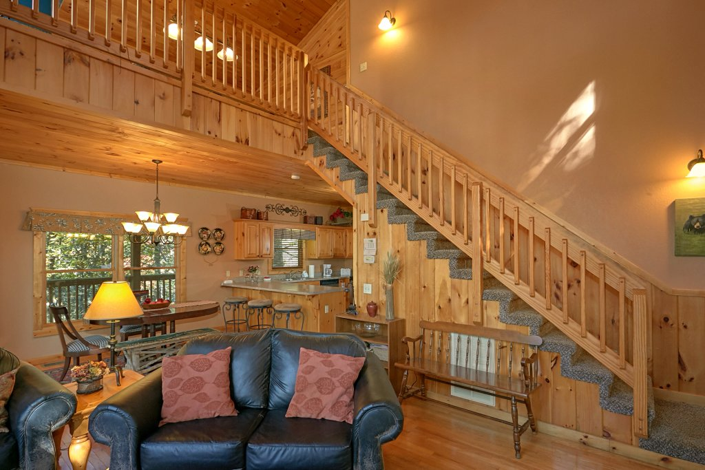Photo of a Gatlinburg Cabin named Rustic Elegance #422 - This is the twenty-eighth photo in the set.