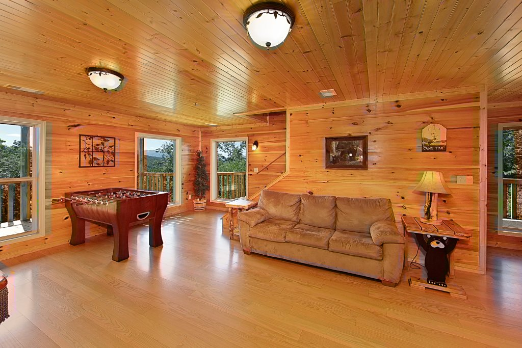 Photo of a Gatlinburg Cabin named Big Bear Lodge - This is the twelfth photo in the set.